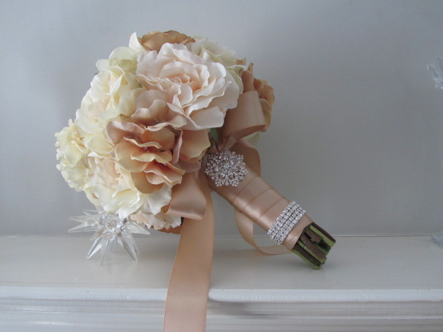 Wedding Brooch Bouquet Nz : Real touch bridal bouquet on luulla